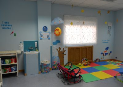 Patio instalaciones escuela infantil Torrejón de Ardoz